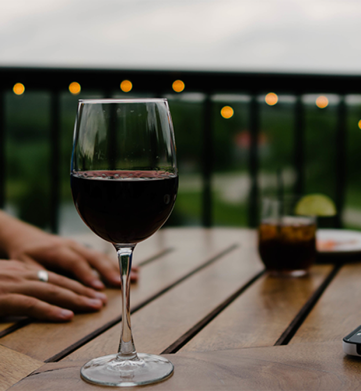 5-dicas-para-consumir-vinho-tinto-no-inverno